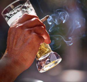 Fumo e alcol aumentano la pressione